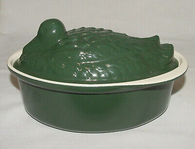 IMMACULATE Chasseur France Green Enameled Cast Iron