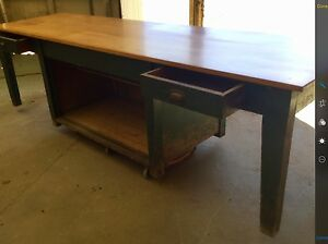 FANTASTIC RUSTIC ANTIQUE FARM TABLE CIRCA EARLY 1900'S Devonport Devonport Area Preview