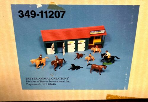 Vintage 1986 Toy BREYER Horse Stable Pine Lodge Riding School NIB