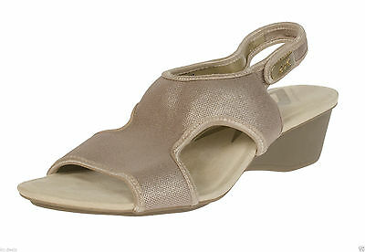 Anne Klein Sport Olimpia Women's Size 6M Gold Fabric with Logo Wedge Sandal
