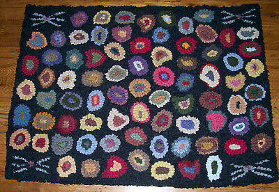 CAT'S PAWS & WHISKERS Large Primitive Rug Hooking Kit with Cut Wool Strips