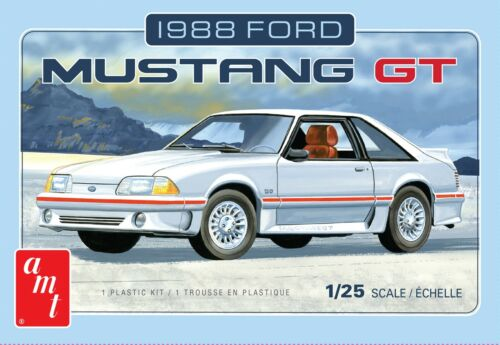 1:25 AMT 1988 Ford Mustang GT 5.0 Plastic Model Kit *MISB*