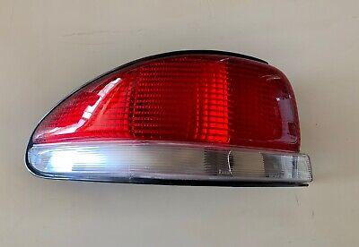 OEM NIB 1998 1999 2000 Chrysler Cirrus Driver Side LH Left Side Tail light