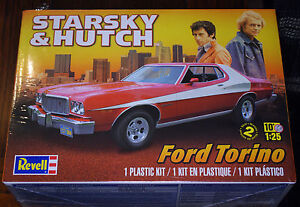 1974 ford gran torino starsky hutch 1 25 revell 4023 nouveau nouveau 2015 new tool ebay. Black Bedroom Furniture Sets. Home Design Ideas