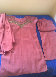 Brown & golden suit dress Indian Bollywood size Small Harris Park Parramatta Area Preview