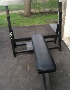 Bench press with weights