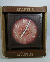VINTAGE NEW OLD STOCK SPARTUS BATTERY WALL CLOCK CASUAL SQUARE 1970'S 70'S