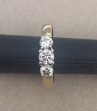 Zamels 18ct Yellow Gold 3 Diamond Ring Canning Vale Canning Area Preview