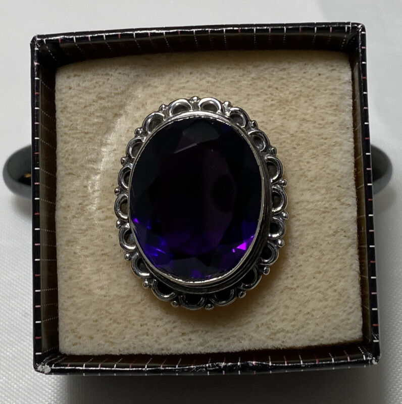 Vintage 925 Sterling Silver Ring Purple Glass Stone Size 8.5 Costume Retro Cool