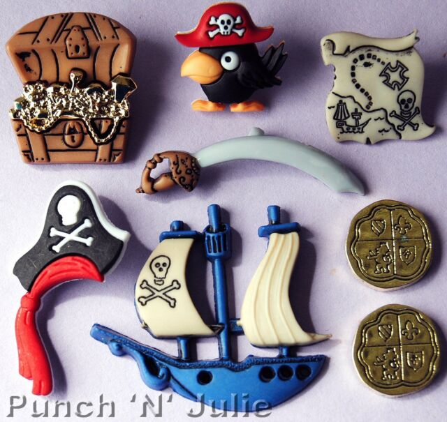 PIRATES - Treasure Chest Gold Coins Ship Map Cornwall Dress It Up Craft Buttons