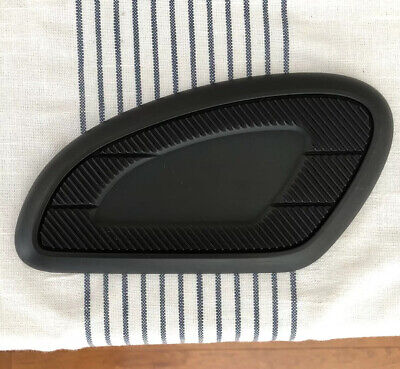 TRIUMPH MOTORCYCLES Protective Tank Pads (2)