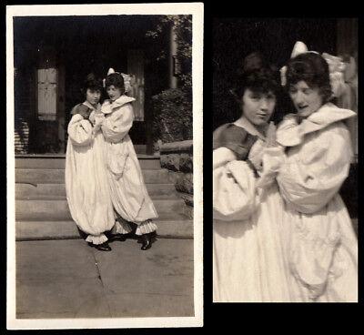 CLOWN COSTUME HIGH HEEL SHOES WOMEN SLOW DANCE ~1910s VINTAGE PHOTO lesbian