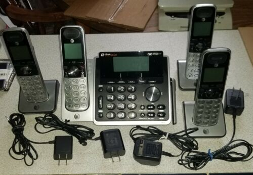 AT&T 2-Line Home/Office Digital Answering Sys w/3 Cordless Phone Set TL88102 GRB