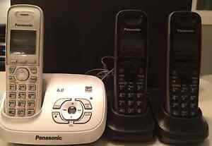 Free Panasonic phones - Set of 3