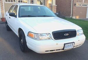 Reduced: 2009 Ford Crown Victoria