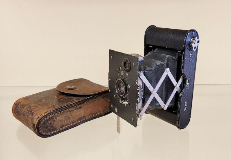 Antique Bellows Eastman Kodak 25 BT 50 Vest Pocket Camera With Case