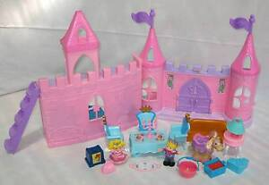 FISHER PRICE LITTLE PEOPLE DANCE 'N TWIRL CASTLE / PALACE GC ! Inala Brisbane South West Preview