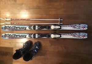 Skis, bottes et bâtons à vendre