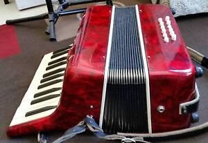 Bai-le piano accordion Coburg Moreland Area Preview