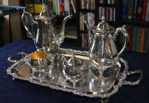 5 PIECE LARGE ONEIDA SILVER PLATE COFFE AND TEA SET - GREAT CONDITION