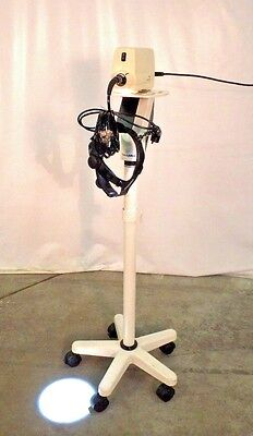 Welch Allyn 49501 Surgical Light Source W 49543 49540 Head Lamp Stand