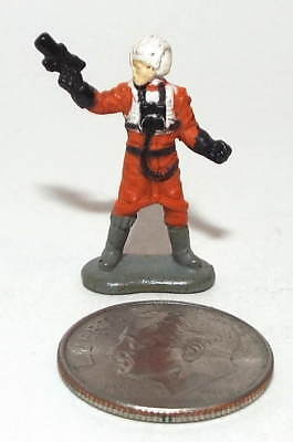 Very Small Micro Machine Star Wars Rebel Pilot in Orange Flight Suit weapon #2