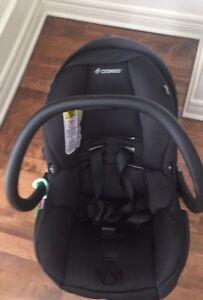 Great maxi cosi car seat    *** Paid 450$ selling 160$***