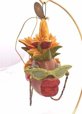 KATHERINES CARMEN MIRANDA Glitter KISSING FISH EYEGLASSES ORNAMENT NEW 05-10909