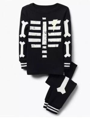 Gymboree Halloween 2018 Boys Black Skeleton Glow in the Dark Pjs Nwt Size 3](Glow In The Dark Skeleton Pajamas Boys)