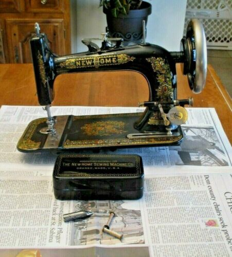 Antique 1903 NEW HOME A2 Light-Running SEWING MACHINE plus ACCESSORIES