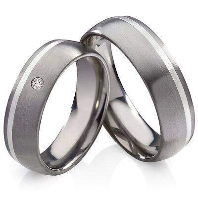 Partnerringe Eheringe aus Titan und 925 Silber mit Zirkonia Ringe Gravur HT136