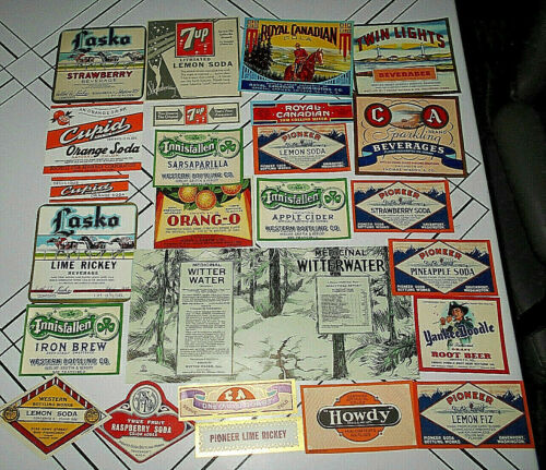 25~VTG ASSORTED PAPER SODA LABELS Orig Unused~7UP/ORANG-O/YANKEE DOODLE/CUPID++2