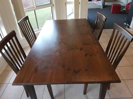 Wooden Dining Table With 4 Chairs In Great Condition