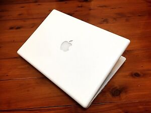 " MacBook 2.2Ghz CPU 13.3""-MicrosoftOffice WiFi+Charger+iOS 10.7•DVD Parramatta Parramatta Area Preview"