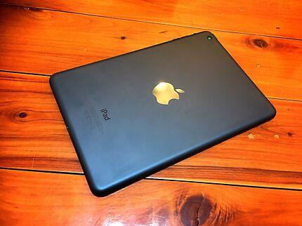 Retina Display iPad mini As New Condition Black Edition