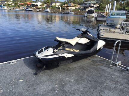 sea doo spark jet ski with no trailer