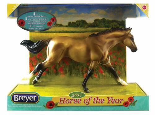 Breyer Classics Bella 2017 Horse of the Year Horse Figurine #62118 NIB