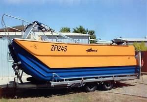 Fibreglass multi hull fishing boat Salisbury North Salisbury Area Preview