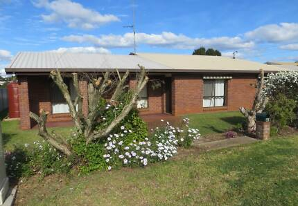 4 Bedroom Home - great location. Toowoomba 4350 Toowoomba City Preview
