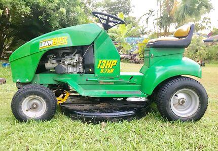 Ride on mower cox Lawn Boss