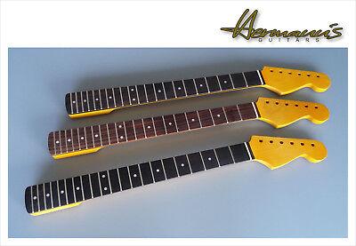 Stratocaster Canadian Maple Neck, 21 Jumbo-Frets, Vintage Finish