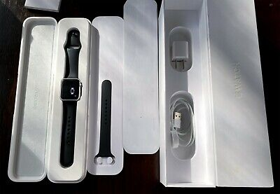 Apple Watch 7000 Series 38mm Silver Aluminum Case W/Black Sports Band Complete