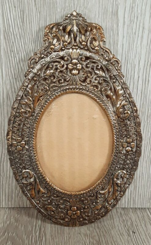 """Vintage Metal Convex Bubble Glass Small Oval Picture Frame 7"""" tall"""