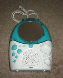 Emerson CD Shower Radio AC/ DC  Very Good Clean condition