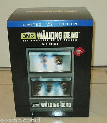 The Walking Dead Complete Third Season Blu-ray Limited Edition Zombie Fish Tank