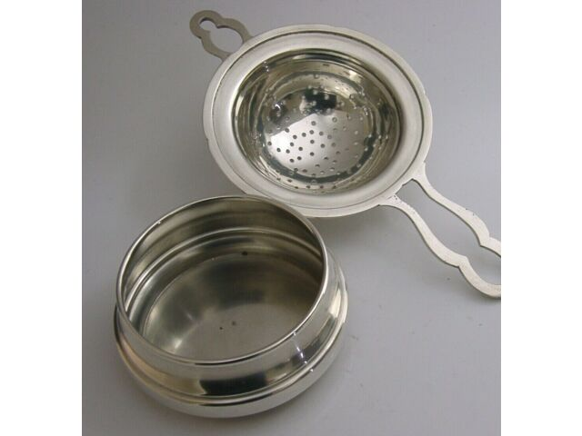ENGLISH SOLID STERLING SILVER TEA STRAINER & DRIP BOWL STAND 1958