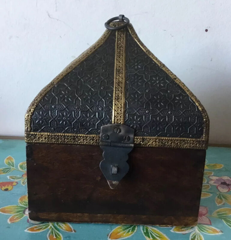 Beautiful Hand Crafted Indian Wooden Box