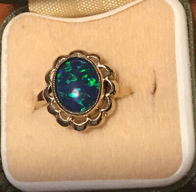 Vintage Hallmarked 375 9ct Gold Opal Ring Size O