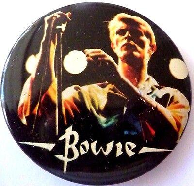 "DAVID BOWIE "" Vintage 1970's - 1980's Button / BIN LID Badge  2 ½ ""***"