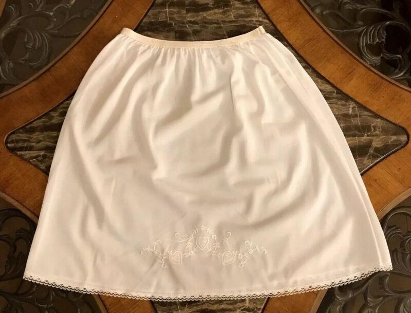 Vintage HALF SLIP Girls White Lace LOOMCRAFT Nylon Embroidery 1980s NEW Sz 12